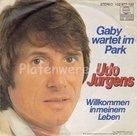 Udo-Jurgens-Gaby-wartet-im-park