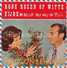 Duo Onbekend - Rode rozen op witte zijde